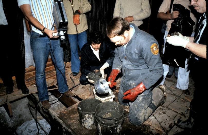 john-wayne-gacys-excavation-new-2-810x525 Revisiting John Wayne Gacy's Crawlspace Excavation