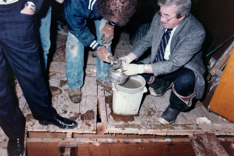 john-wayne-gacys-excavation-new-24-810x540 Revisiting John Wayne Gacy's Crawlspace Excavation