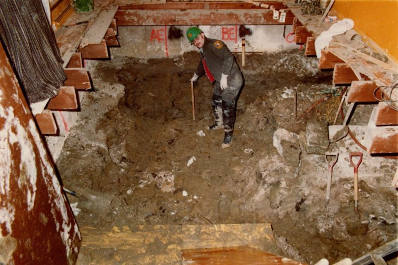 john-wayne-gacys-excavation-new-25-810x540 Revisiting John Wayne Gacy's Crawlspace Excavation
