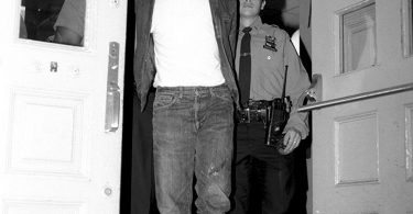 most-notorious-perp-walks-of-all-time-7-375x195 10 Most Notorious Perp Walks Of All Time