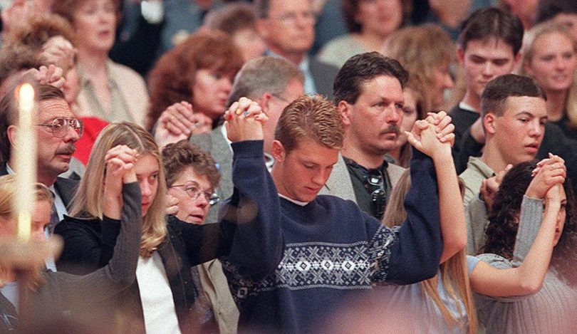revisiting-the-columbine-high-school-massacre-19-810x469 Revisiting the Columbine High School Massacre