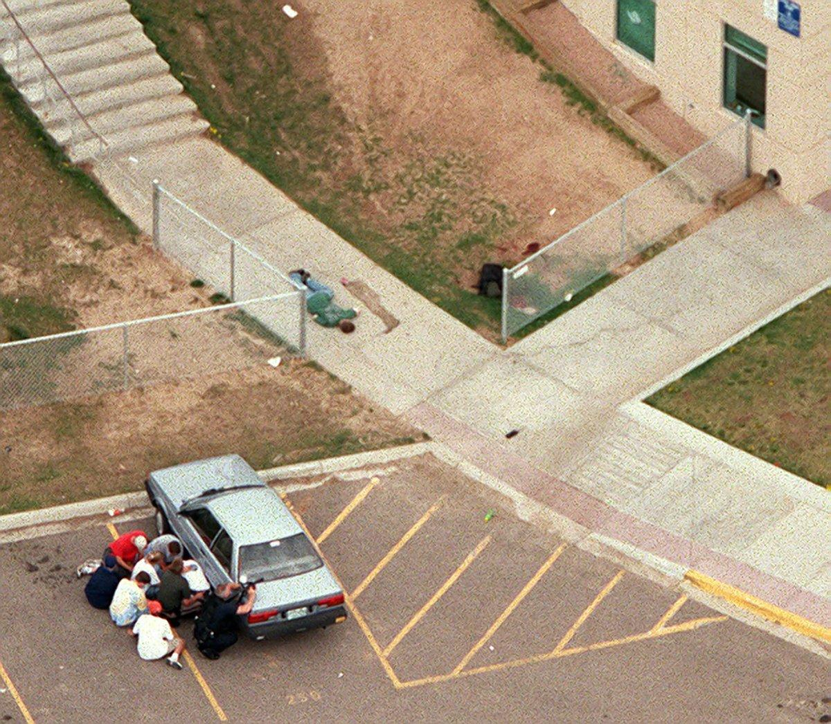 the columbine high massacre of 1999 The columbine high school massacre on april 20th, 1999.