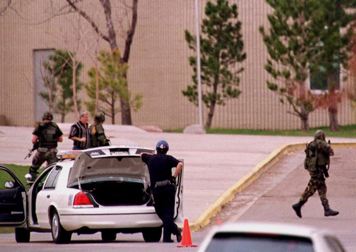 an image of the columbine high school massacre Graphic images secrets of the columbine high school massacre bloody crime scene photos explode the myths and reveal new details.