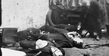 revisiting-the-st-valentines-day-massacre-2-375x195 Revisiting the St. Valentine's Day Massacre