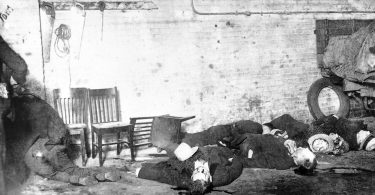 revisiting-the-st-valentines-day-massacre-4-375x195 Revisiting the St. Valentine's Day Massacre