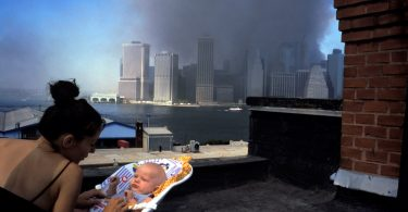 16 Most Powerful Photos of the 9/11 Attacks