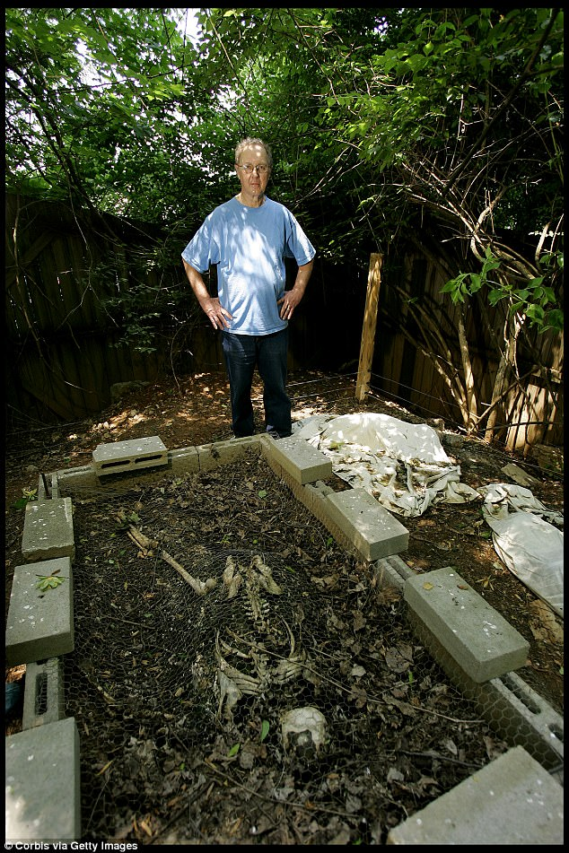 historical-look-inside-the-body-farm-14 NSFW: Historical Tour Inside the Body Farm