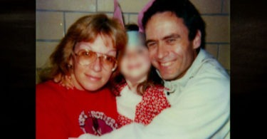 ted-bundy-in-prison-10-375x195 14 Never-Before-Seen Prison Photos of Ted Bundy