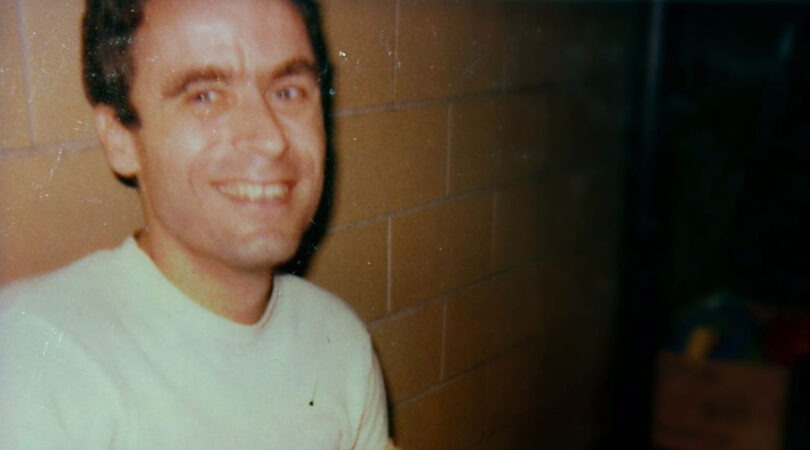 ted-bundy-in-prison-11-810x450 14 Never-Before-Seen Prison Photos of Ted Bundy