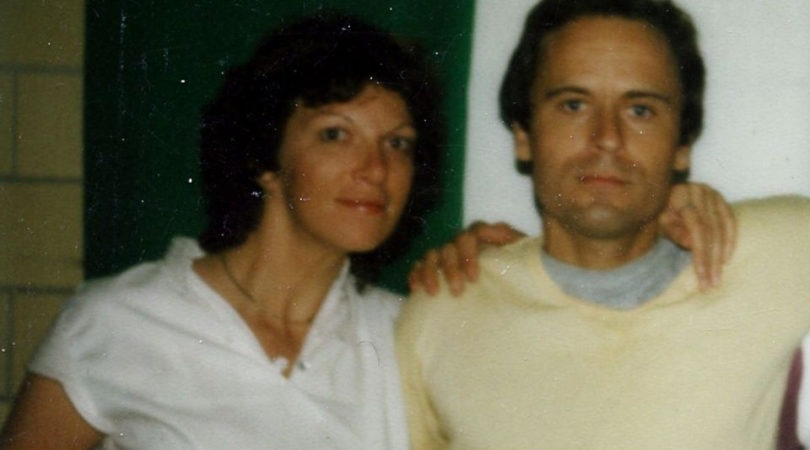 ted-bundy-in-prison-14-810x450 14 Never-Before-Seen Prison Photos of Ted Bundy