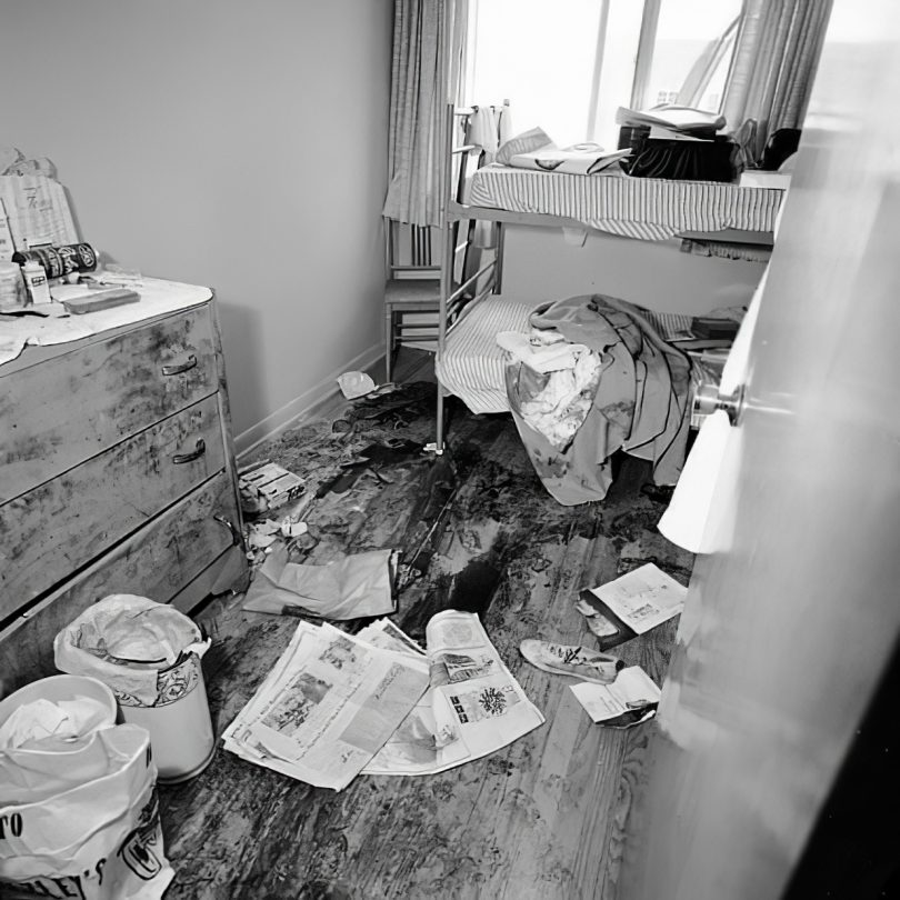 richard-speck-crime-scene-photo-10_cmpk-810x810 Following the Blood-Soaked Footsteps of Richard Speck