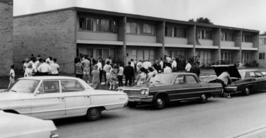 richard-speck-crime-scene-photo-3-375x195 Following the Blood-Soaked Footsteps of Richard Speck