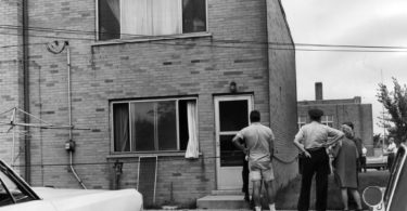 richard-speck-crime-scene-photo-6-375x195 Following the Blood-Soaked Footsteps of Richard Speck