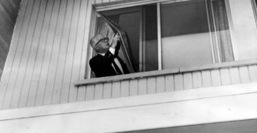 richard-speck-crime-scene-photo-7-375x195 Following the Blood-Soaked Footsteps of Richard Speck