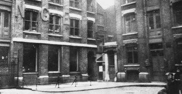 catherine-eddowes-murder-scene-1-375x195 Following the Blood-Soaked Footsteps of Jack the Ripper