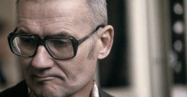 andrei-chikatilo-trial-7-375x195 10 Never-Before-Seen Photos of Andrei Chikatilo's Trial